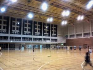 東風平町営体育館