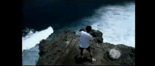崖に立つヒダヤット
