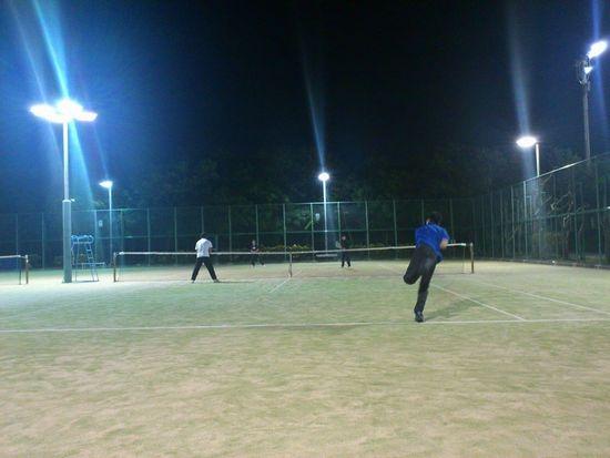 テニスサークルサンデーズ