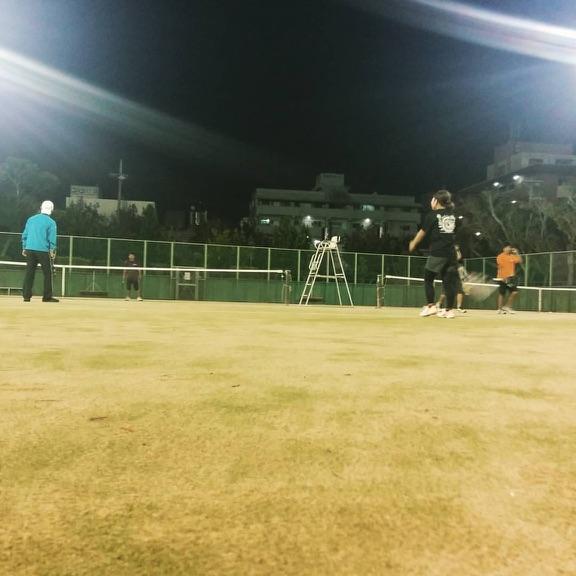 日曜テニスサークル